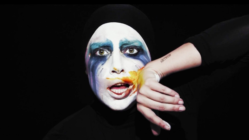 lady-gaga-applause-music-video-make-up