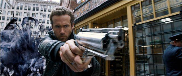 R.I.P.D. Brigade Fantôme : un film avec Ryan Reynolds habillé dedans