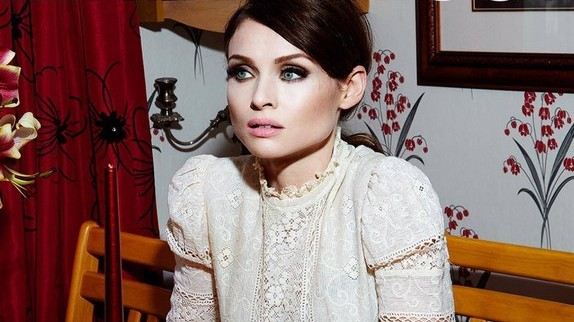 Sophie-Ellis-Bextor-Young-Blood-video