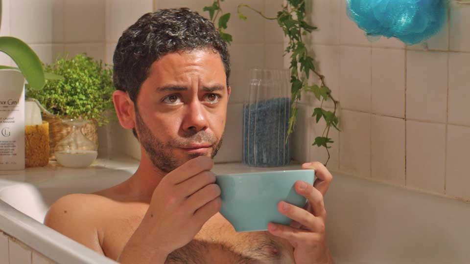 situation amoureuse c'est compliqué manu payet bain