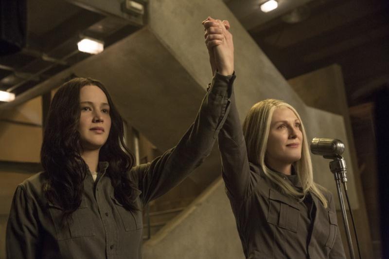 Mockingjay-Part-1-Katniss-Coin