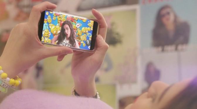 charli xcx famous smartphone