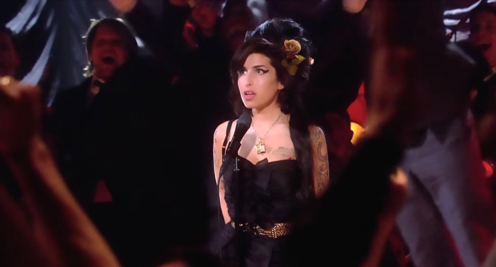 amy-winehouse-grammy-win