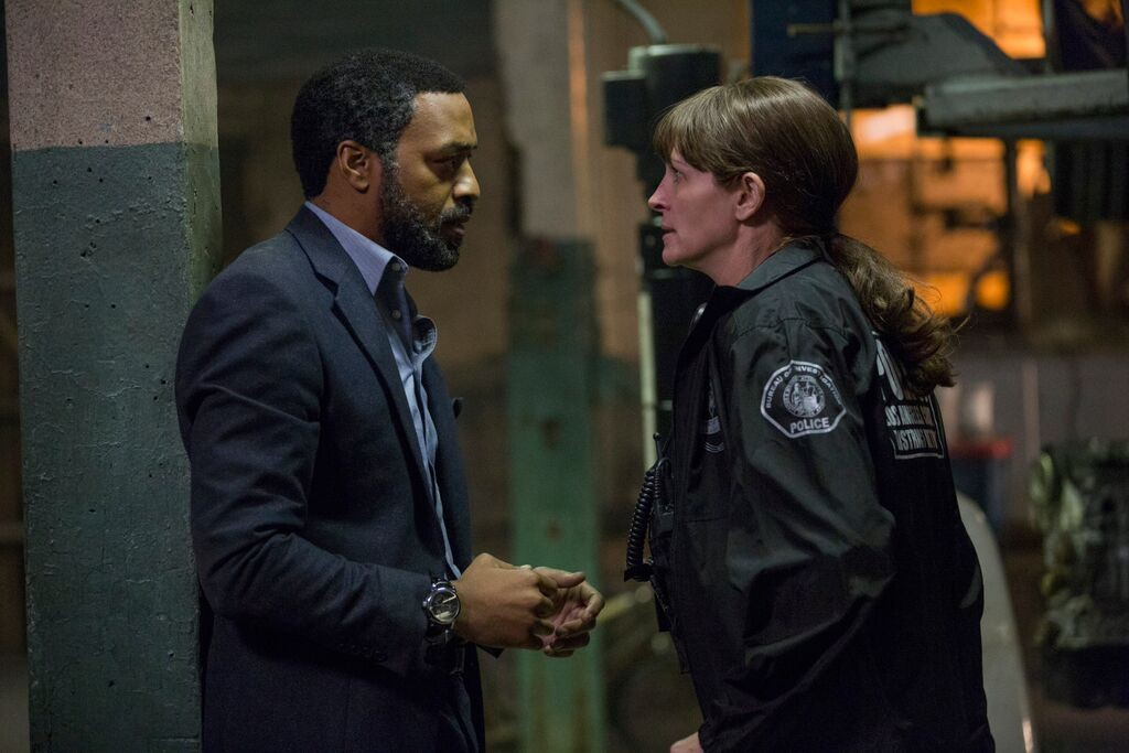 secret-in-their-eyes-remake-chiwetel-ejiofor-julia-roberts