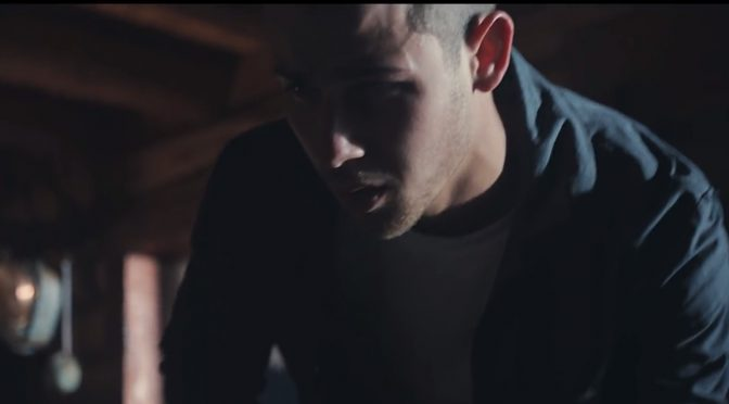Nick Jonas – Chainsaw